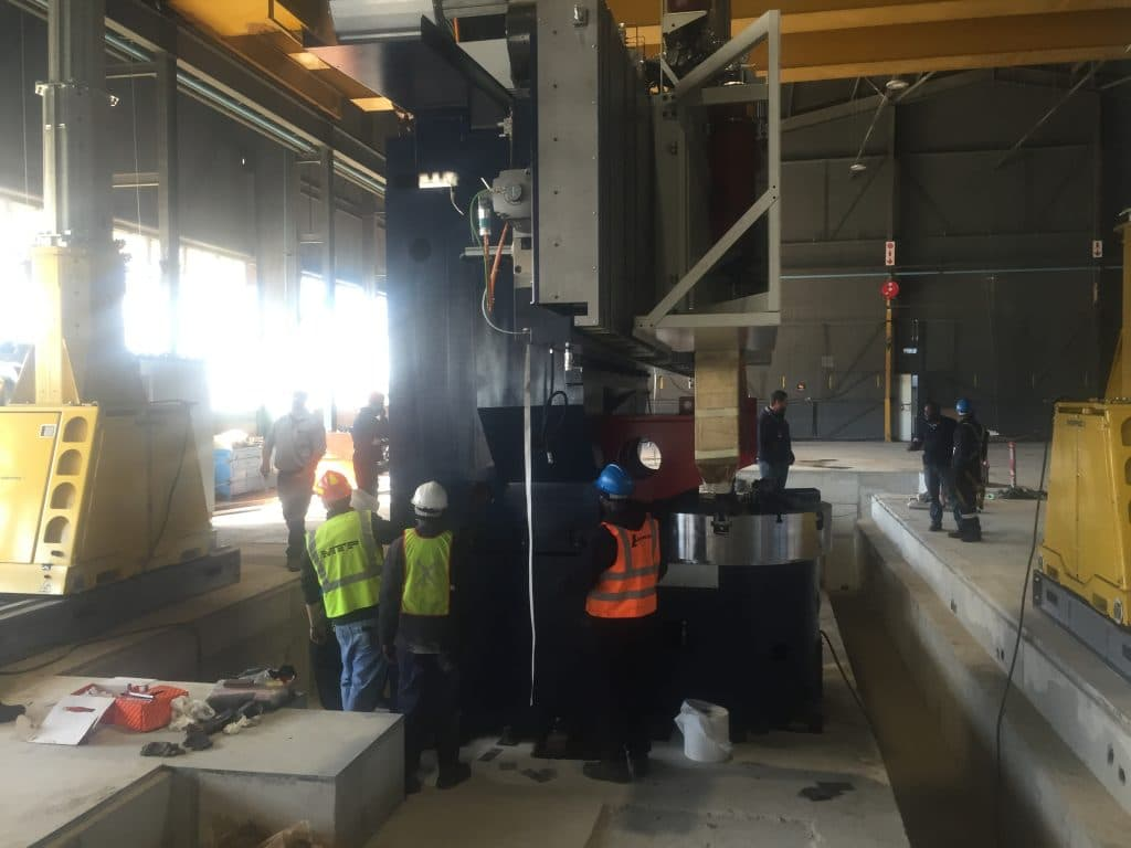 500 Ton Hydraulic Gantry - P&L Machine Moving & Rigging