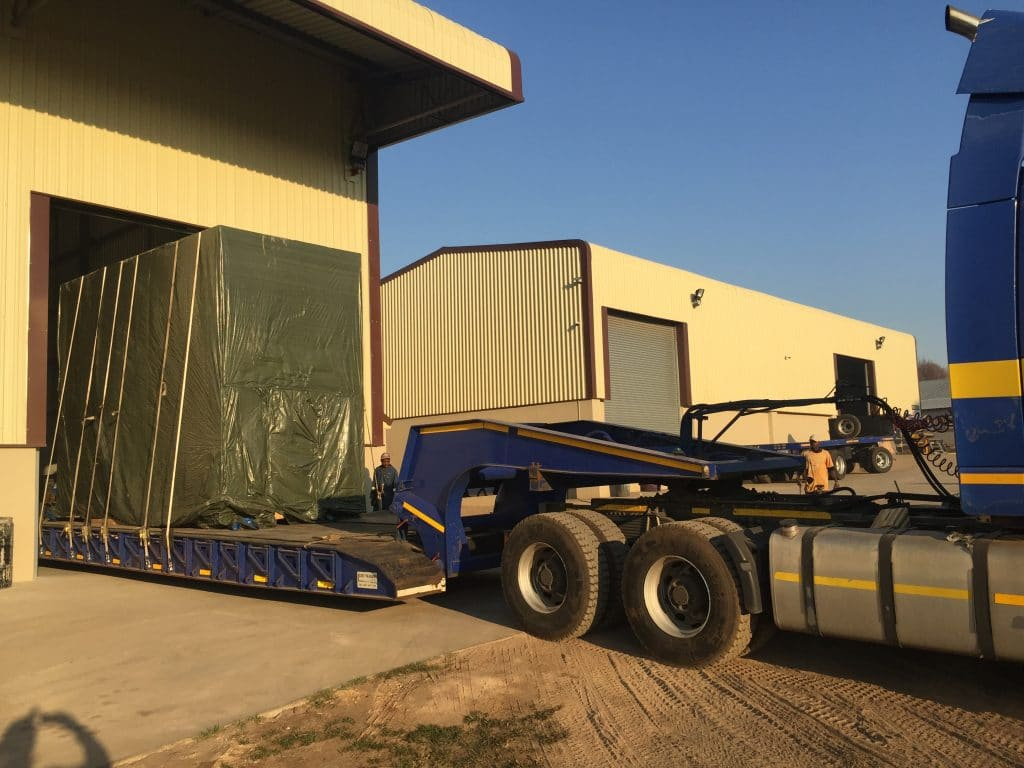 wWarehousing Solutions - P&L Machine Moving and Rigging 4