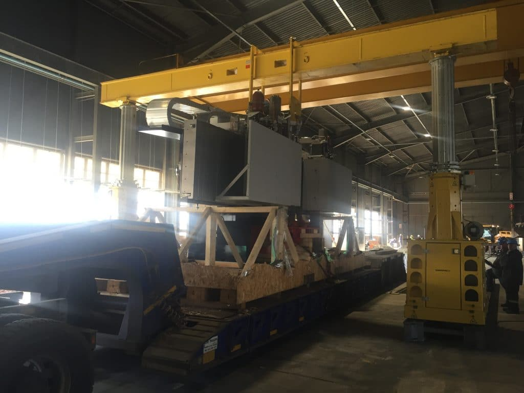 500 Ton Hydraulic Gantry - P&L Machine Moving & Rigging
